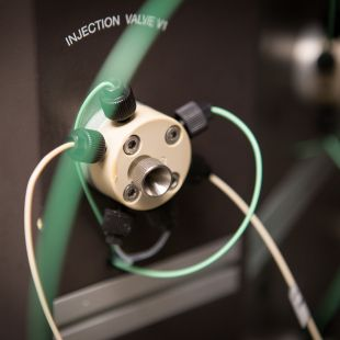 DeGrado Lab injection valve